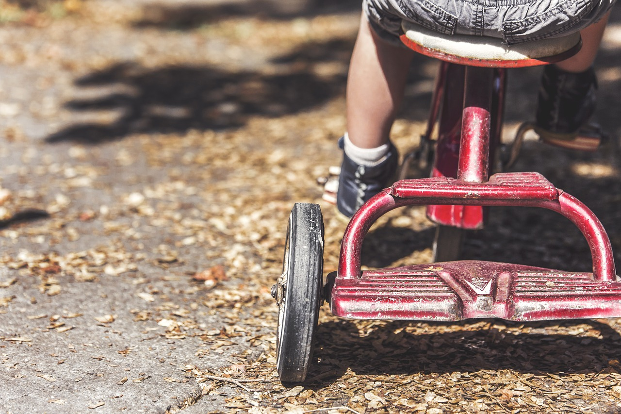 Opieka naprzemienna rodziców jest prawem dziecka.